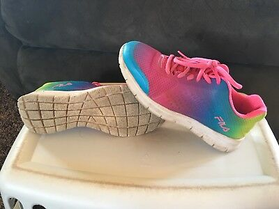 094cdf84aa7 YOUTH GIRLS NIKE REVOLUTION 2 Athletic tennis shoes Size 6.5 6-1 2 ...