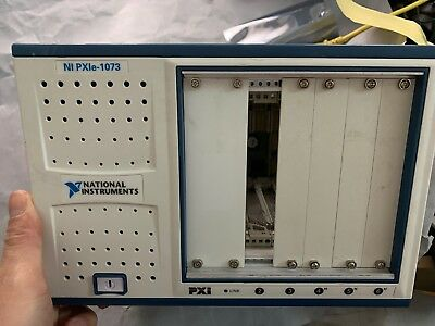 NI PXIe-1073 5-Slot 250 MB/s PXI Chassis Integrated MXI‑Express Controller
