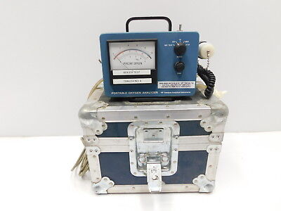 Teledyn 320P Portable Oxygen Analyzer (E6-799)