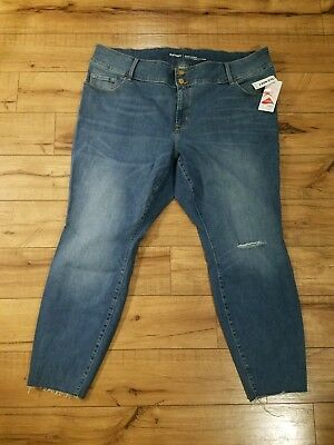9eca1f81cf6 Nwt Old Navy High-Rise Built-In Sculpt Plus Size Rockstar Jeans Size 24R