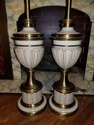 Pair Of Mid Century Mcm Stiffel Lamps Hollywood Regency Parzinger Euc Beautiful