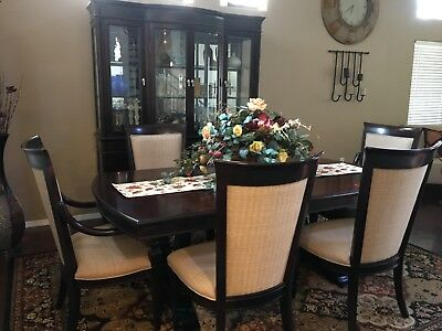 GENTLY USED MAHOGANY dining room table with hutch set ...