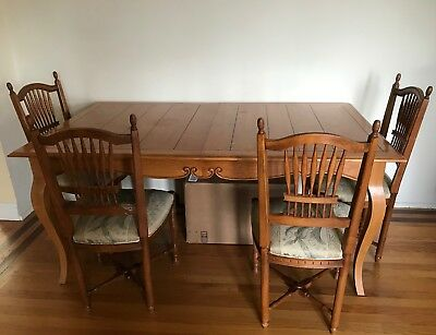 Ethan Allen Legacy French Country Farmhouse Dining Table and 4 Wheat Back Chairs