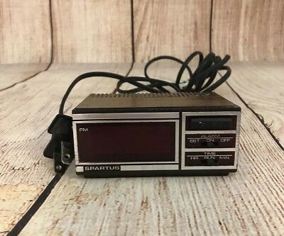 Vintage Spartus Mini Travel Alarm Clock!!!