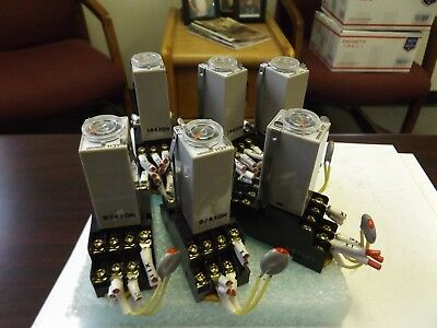Wholesale Liquidation Omron H3Y-4 3A Timer With Base Lot Of 6 (3) 0-60 (3) 0-10