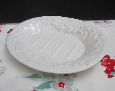 Vintage White Ironstone China Ceramic Ribbons & Flowers Embossed Oval Soap Dish