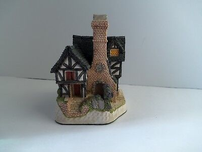 David Winter Cottages-Inglenook Cottage-1991-Authentic-Hand Made & Painted-Used