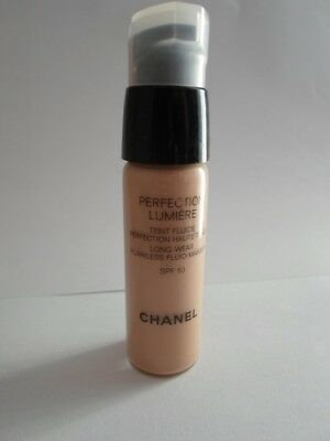 Chanel20 Ml Perfection Lumiere 30 Vitalumiere Aqua 40