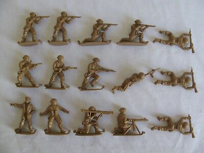 Matchbox 1/32 Scale British Infantry Combat Troops Playset Figures #P6002 EX
