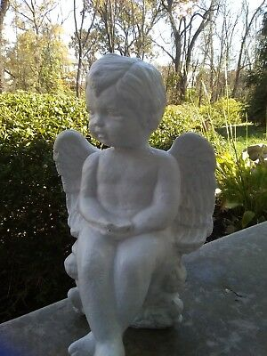 CUTE Vintage Concrete Cement ANGEL CHERUB SITTING W/ CROSSED FEET Garden Statue
