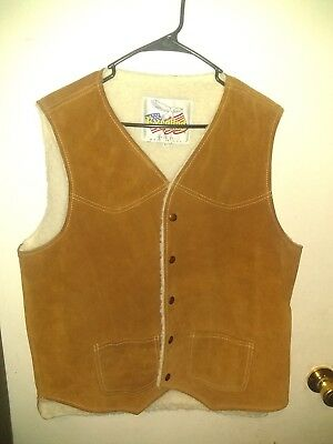 EXCELLED vintage MENS SHERPA LINED LEATHER VEST size L  Made in USA Excellent