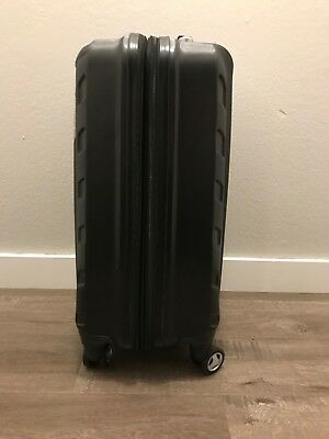 "Samsonite Androla dlx lightweight 20"" Spinner Luggage - Black"