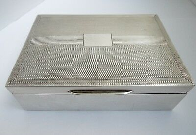 Lovely Decorative English Antique 1962 Solid Sterling Silver Cigarette Box
