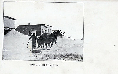 Hannah, North Dakota  Winter Scene  Vintage Photo Postcard