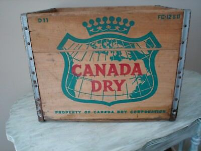 Vintage 1960 Canada Dry Ginger Ale  Wood Art Map Sign Box Bottle Crate Stand