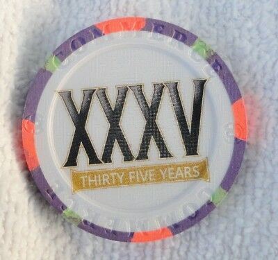 Commerce  Casino ~ City of Commerce, CA ~ $5 Thirty-Fifth Anniversary chip 2018
