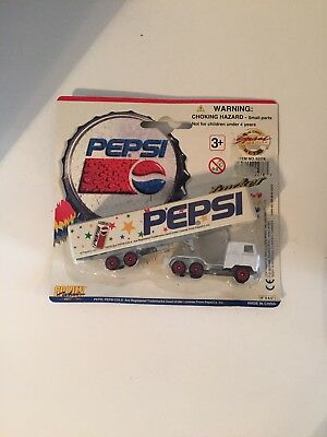 Golden Wheel Pepsi Cola Tractor Trailer Die Cast Vehicle 1996 Sealed