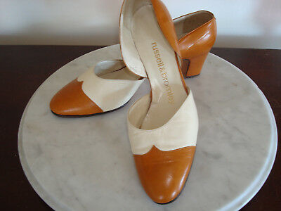 Vintage Womans Leather Pumps Elegant!