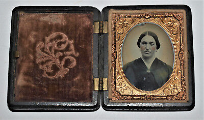 Ambrotype Photo in Union Case 1/9th Plate Woman with tinted Cheeks