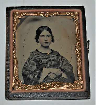 Ambrotype Photo of a Youg Girlwith Tinted Cheeks 1/9 Plate