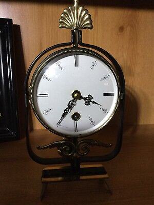 Vintage 8 Day Pendulum Mantle Clock