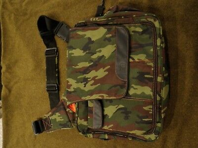 Diaper Dude Diaper Messenger Bag - Camouflage