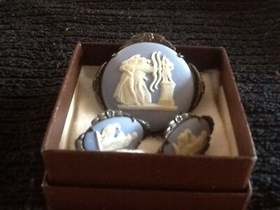 Exquisite Antique Sterling Silver Wedgwood Blue Jasper ware Pin & Earring Set