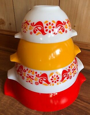 Vintage Pyrex Red Mixing Bowls Set of 4 Nesting Friendship Birds