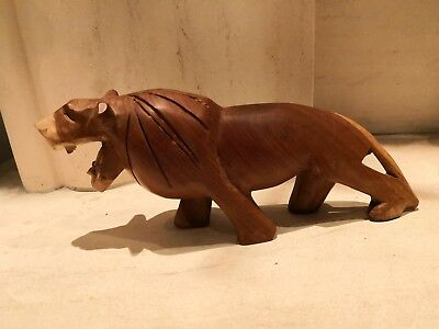 Retro Vintage Carved Wooden Lion ornament figurine statue