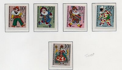Germany Berlin #9NB74-9NB77 puppets 9NB78 Christmas complete sets of 4 & 1  mint