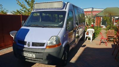 Renault Master dci100 WAV wheelchair lift Minibus ambulance