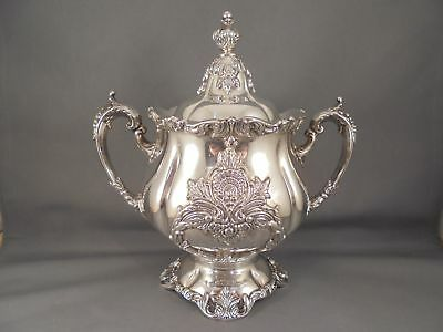 Wallace Christopher Wren Silverplate Covered Sugar Bowl  Excellent