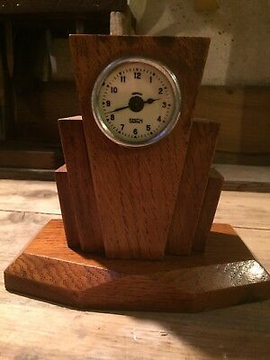 Excellent Example Of An Art Deco Smiths Wooden Mantle Clock
