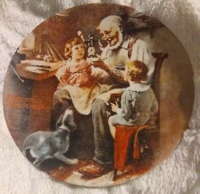 """Norman Rockwell """"THE TOY MAKER"""" China Plate 8.5"""" 1977 KNOWLES Limited Edition"""