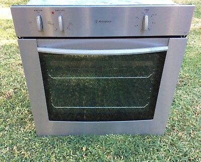 Whirlpool 60cm Fan forced  electric wall oven, made in Italy