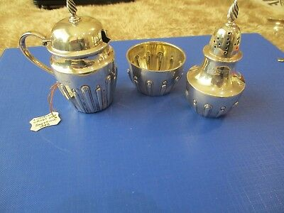 Solid Silver Victorian Cruet setSheffield 1888 very clear hallmarks lovely thing