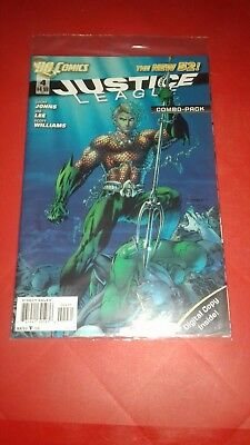 DC Comics Justice League comic book The New 52 #4 Combo-Pack
