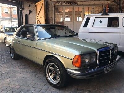 W123 280ce Classic Mercedes 2 door coupe rare
