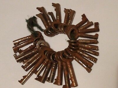 30 antique collectable old keys for tea caddies cabinets and padlocks