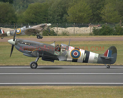 4 X Supermarine Spitfire G-Pmnf Ta805 G-Rrgn Ps853 Ab910 Jg891 Photographs