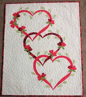 "Hand Made Quilted Wall Hanging~22 1/2"" x 27"" ~ Valentine ~ Applique"