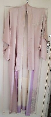 Lovely Pale Pink & Lilac Patterned Vintage Japanese Full Length Silk Kimono