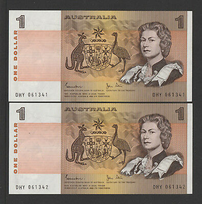 Johnston / Stone - 1982  Consecutive pair of Australian One Dollar Banknotes Unc