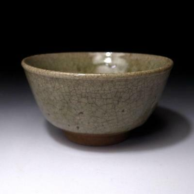 AH6: Japanese Celadon Tea Bowl, Kyo ware, Natural glaze cracks, WABI SABI taste