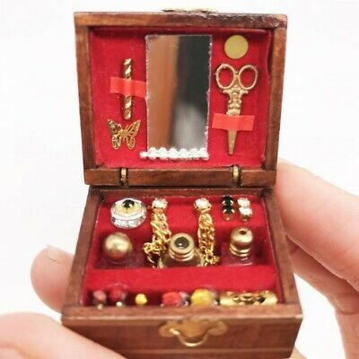 Wood Vintage Miniatures Jewelry Box Make Up Case For 1/12 Dollhouse Decor Accs