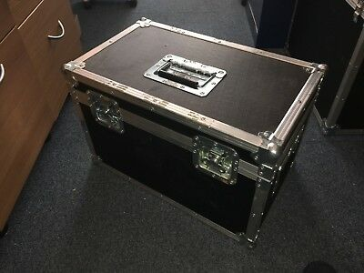 Heavy Duty Flight Case with top and side handles