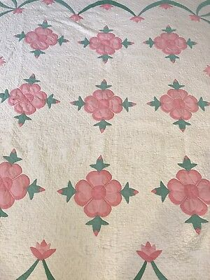 """Charming Antique Pink & Green Appliqued Hand Stitched Quilt 72""""84"""""""