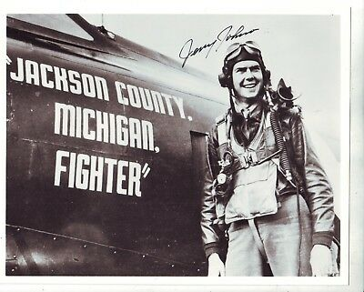 8 X 10 Photo Signed By W.w. Ii Fighter Pilot Jerry Johnson