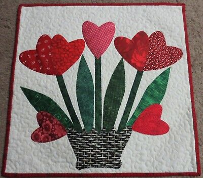 "Hand Made Quilted Wall Hanging~16"" x 16""~ Valentine ~ Applique"