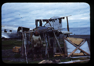 (093) Vintage 1950s 35mm Slide Photo - BARROW AK - Eskimo Camp, Navy Plane